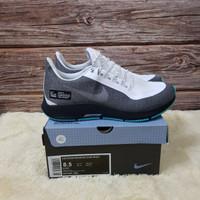 Sepatu Sneakers Nike Air Zoom Pegasus 35 Shield Grey White Black