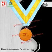 Souvenir Murah Medali Logam Kuningan
