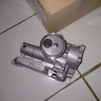 Pompa Oil Oli Pump Peugeot 308 3008 5008 Original