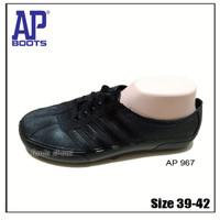 AP 967 39-42 Hitam / Sepatu Karet Pool Bola Tani Kebun Outdoor