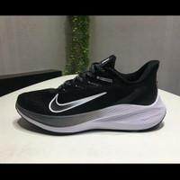 Sepatu Nike Air Zoom Winflo 7 Black White