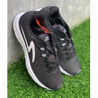 Sepatu running specs original Boston Road 19 Black white new 2019