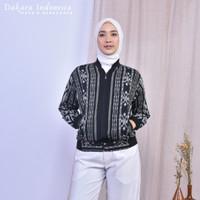 Jacket Manaka Etnik Tenun Ikat Dakara Indonesia