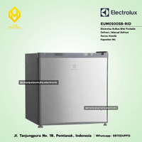 Electrolux Kulkas Mini Bar Portable 46 Liter [Defrost] - EUM0500SB-RID