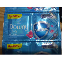 Downy Anti Bau 19 ml 1 Renceng (12 sachet)