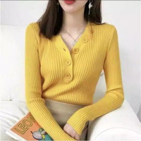 DALIS BUTTON / Atasan Wanita Rajut Halus Slim Fit Press Body - mustard