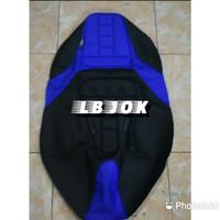 Sarung jok kulit jok cover jok kain karpet bungkus jok motor american - Hitam Biru, Pcx