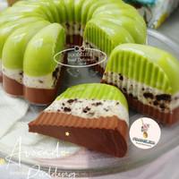 Pudding avocado oreo coklat 3 lapis / puding alpukat oreo large 22 cm