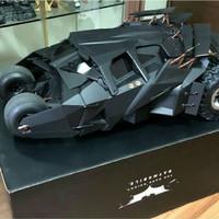 Hot Toys 1/6 The Dark Knight Tumbler Batmobile BNOB original