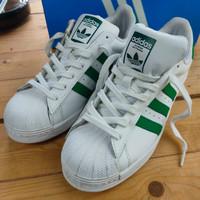 sepatu adidas size 41 1/3 model classic putih hijau