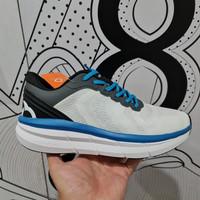 sepatu running ortuseight hyperfuse white blue