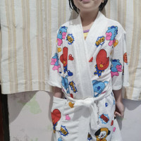 Kimono baju handuk anak dasar putih sablon bts bt21