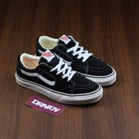 Sepatu Vans Sk8 Low Black White