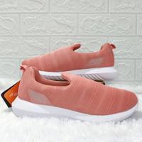 Ardiles Women Akila Sepatu Slip On Size(37-40) Sepatu Wanita - Ardiles