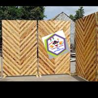 1 paket dekorasi/pembatas ruangan kayu jati belanda ukurn P.80xT.180cm