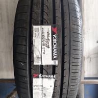 Ban Mobil Berkualitas Yokohama Bluearth RV -02 235 50 R18
