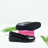 Sepatu Pantofel Wanita Kerja Formal Hitam Ringan Dan Nyaman Dipakai