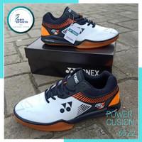 Sepatu Bulutangkis Badminton Yonex 65 Z2 Mens Putih Lining Orange Ori