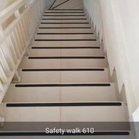 3M Safety Walk Tape Anti Slip Tangga Hitam 5Cm