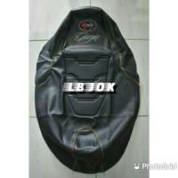 Sarung jok cover jok kain bungkus kulit jok motor MB TECH model eropa - Hitam Full, Besar