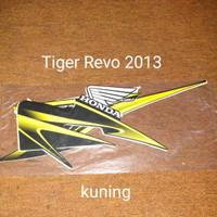 Tiger Revo 2013 Kuning List Striping Stripping Stiker Sticker
