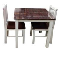 Meja Makan Kecil