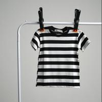 Baju Kaos Stripe Stripes Belang Salur Garis Hitam Putih Bayi Anak