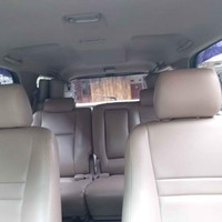headrest jok depan mobil Innova lama Thn 2005 bahan semi kulit