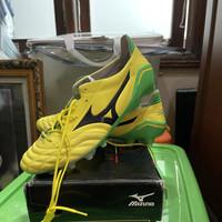 Sepatu Bola Mizuno Morelia Neo Yellow/Green