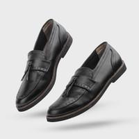 Giant Flames - Sepatu Pria Formal Slip On Pantofel Pietra Black