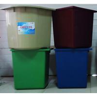 JNE Bak Mandi / Bak Air Sudut Bahan PVC ORESTE - Grade Maroon