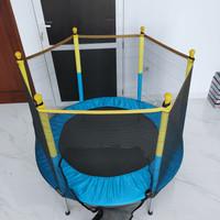 trampoline trampolin anak 55 ( 140cm ) - Biru