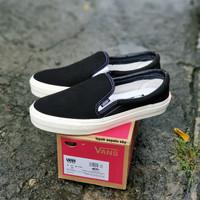 Sepatu Vans Slip On OG Hitam Premium Bnib Casual Santai Tanpa Tali