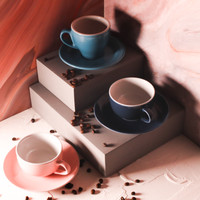 Gelas Kopi, Gelas Cafe