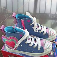 sepatu sneaker light anak skechers twinkle toes light heart glows