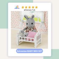 Sylvanian Families BABY BED SET Aksesoris Boneka Karakter Binatang