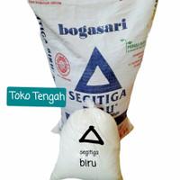 Tepung terigu segita biru 1kg(reppack)/terigu segitiga bogasari