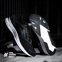 Sepatu Running Specs Alphacharge - Black/Grey/White