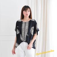 Atasan Batik Wanita. Blouse Batik top - Moon crescent