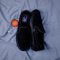 Sepatu Vans Slip On Pro Skate Blackout All Black BNIB Original Premium