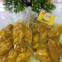 Ayam Ungkep Lengkuas Fresh/Frozen 1 Ekor Dipotong 4 Bagian