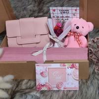 parcel lebaran MURAH/KADO NIKAH/HAMPER HIJAB/ HAMPERS LEBARAN - Pink Muda