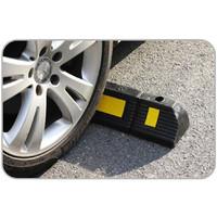 Wheel Stop Pengganjal Ban Mobil Ganjalan Penahan Ban Parkir