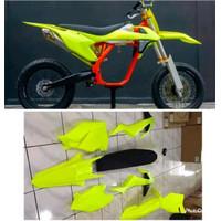 Body Set Ktm 250 Thn 2017 Pnp Klx 150