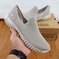 Sepatu sketcher Go walk smart glory sneaker wanita