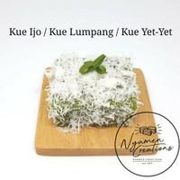 Kue Tradisional Kue Basah Traditional -Set Of Twelve (12) Hampers