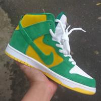 Sepatu Nike sb dunk hi oakland ( sepatu nike / sepatu tinggi )