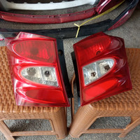 Stoplamp Lampu Belakang Honda Freed 2010 Sepasang