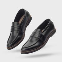 Giant Flames - Sepatu Pria Formal Slip On Pantofel Harper Black