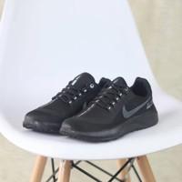 Sepatu Sneakers Nike Zoom Pegasus 35 Shield Full Black